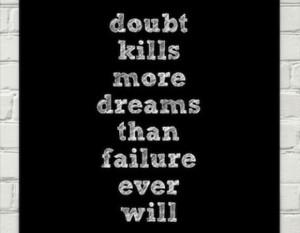 Khloe-Kardashian-Motivational-Monday-Doubt-Kills-More-Dreams-580x451