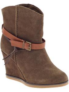 Nat - boots